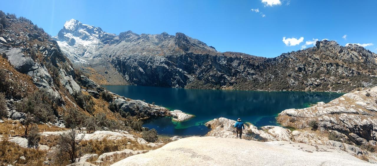laguna churup lake