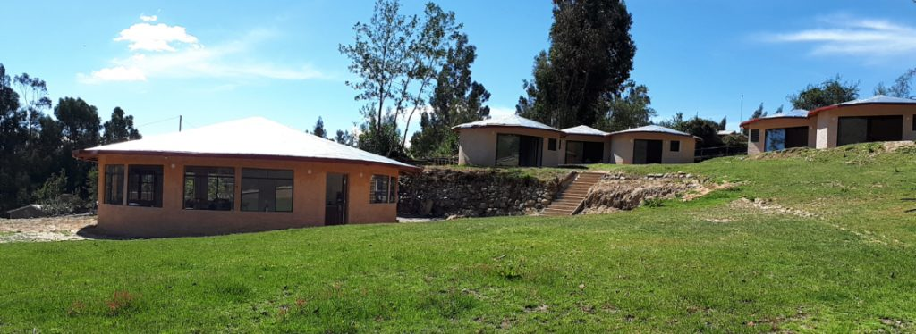 huaraz lodge and bungalows
